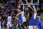 DESCRIZIONE : Eurolega Euroleague 2015/16 Group D Dinamo Banco di Sardegna Sassari - Maccabi Fox Tel Aviv<br /> GIOCATORE : Brian Randle<br /> CATEGORIA : Schiacciata Sequenza Controcampo<br /> SQUADRA : Maccabi Fox Tel Aviv<br /> EVENTO : Eurolega Euroleague 2015/2016<br /> GARA : Dinamo Banco di Sardegna Sassari - Maccabi Fox Tel Aviv<br /> DATA : 03/12/2015<br /> SPORT : Pallacanestro <br /> AUTORE : Agenzia Ciamillo-Castoria/L.Canu
