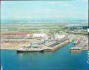 "ackroyd_C04299-2. ""Cargill Inc., April 12, 1977. see B&W 20117"" (old Oregon Shipyard site, St. Johns, DEQ Site ID 2355, International Terminals, North Burgard Industrial Park, Old Oregon Shipyard, Schnitzer Burgard Industrial Park)"