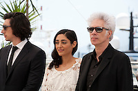 Actor Adam Driver, Actress Golshifteh Farahani and Director Jim Jarmusch at the Paterson film photo call at the 69th Cannes Film Festival Monday 16th May 2016, Cannes, France. Photography: Doreen Kennedy