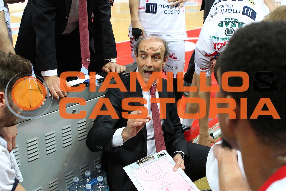 DESCRIZIONE : Pesaro Lega A 2015-16 Consultinvest VL Libertas Pesaro vs Acqua Vita snella Cantù<br /> ALLENATORE COACH : Paolini Riccardo<br /> CATEGORIA : Allenatore<br /> SQUADRA : Consultinvest VL Libertas Pesaro<br /> EVENTO : 29ª giornata di Ritorno<br /> GARA : Consultinvest Pesaro<br /> DATA : 24-04-16<br /> SPORT : Pallacanestro<br /> AUTORE : Agenzia Ciamillo-Castoria/F. Petrangeli<br /> Galleria : Lega Basket A 2015-2016<br /> Fotonotizia : <br /> Predefinita :