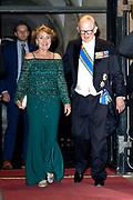 Koning Willem-Alexander en koningin Maxima  ontvangen het Corps Diplomatique voor diner op het Paleis op de Dam.<br /> <br /> King Willem-Alexander and Queen Maxima receive the Corps Diplomatique for dinner at the Palace on the Dam.<br /> <br /> Op de foto / On the photo: <br /> <br />  prof mr Pieter van Vollenhoven en Prinses Margriet / Princess Margriet