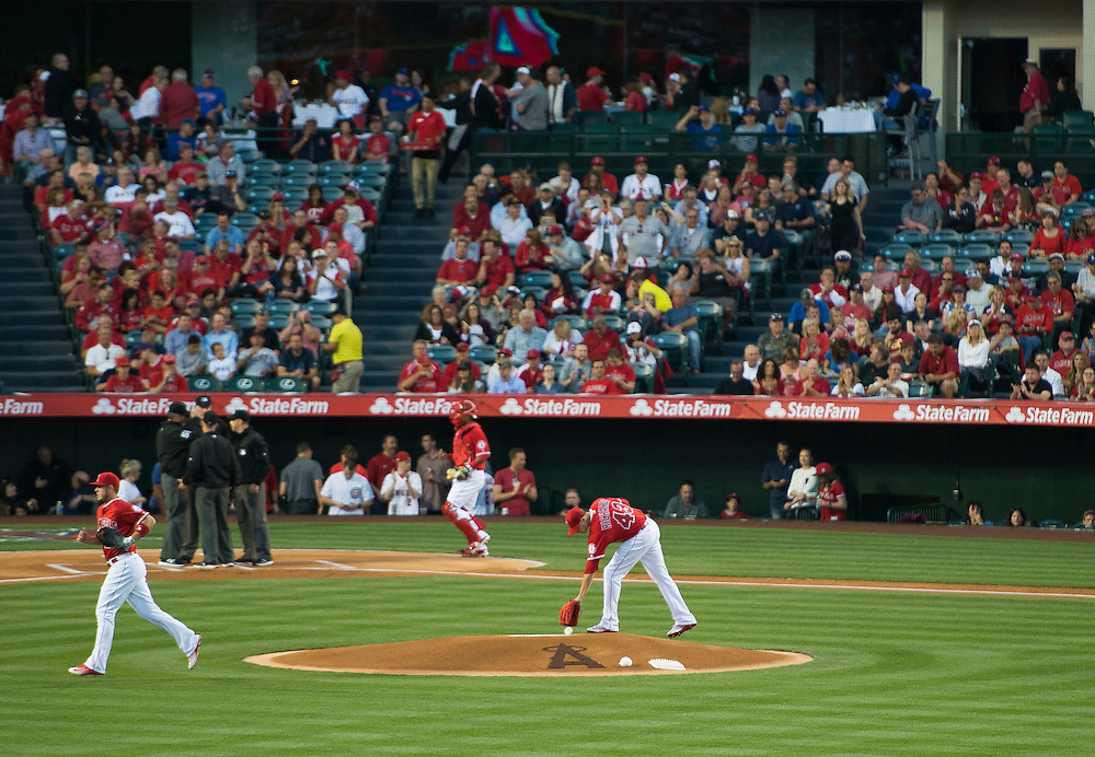 Angels starting pitcher Garrett Richards takes the mound for the Angels' home opener against the Chicago Cubs Monday at Angel Stadium.<br /> <br /> ///ADDITIONAL INFO:   <br /> <br /> angels.0405.kjs  ---  Photo by KEVIN SULLIVAN / Orange County Register  --  4/4/16<br /> <br /> The Los Angeles Angels take on the Chicago Cubs during their 2016 home opener Monday at Angel Stadium.<br /> <br /> <br />  4/4/16