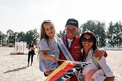 RIESENBECK - FEI Jumping European Championship Riesenbeck 2021<br /> <br /> THIEME Andre (GER), THIEME Corinna<br /> Impressionen am Abreiteplatz<br /> Second Qualifying Competition - Round 2 <br /> Team Final<br /> <br /> Hörstel-Riesenbeck, Reitanlage Riesenbeck International<br /> 03. September 2021<br /> © www.sportfotos-lafrentz.de/Stefan Lafrentz