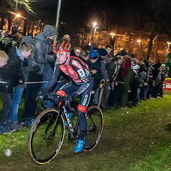 2019-12-29: Cycling: Superprestige: Diegem: Eli Iserbyt trying to chase Mathieu van der Poel