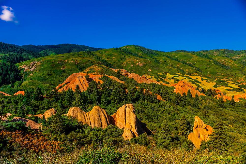 Red sandstone formations, Roxborough State Park, near Littleton, Colorado USA.