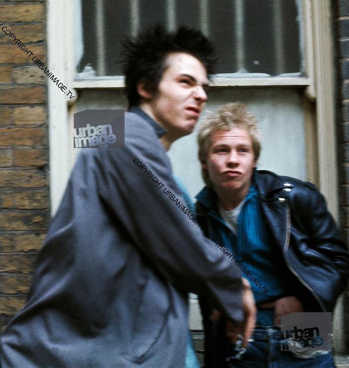 Sid Vicious - Sex Pistols Oxford Street Glitterbest photosession - 1977