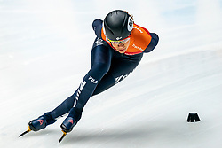 Georgie Dalrymple in action on the 1000 meter during ISU World Cup Finals Shorttrack 2020 on February 14, 2020 in Optisport Sportboulevard Dordrecht.
