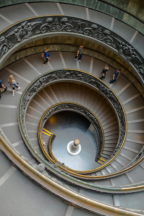 """The """"modern"""" spiral, double helix, Bramante Staircase in the Vatican Museum. A wonder of the Vatican designed by Giuseppe Momo in 1932"""