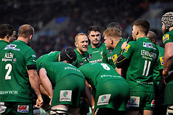 Shane Geraghty speaks to his team-mates after London Irish concede a try - Photo mandatory by-line: Patrick Khachfe/JMP - Mobile: 07966 386802 03/01/2015 - SPORT - RUGBY UNION - London - Allianz Park - Saracens v London Irish - Aviva Premiership