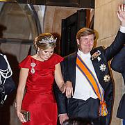 NLD/Amsterdam/20160520 -  Koning Willem-Alexander en Koningin Máxima ontvangen het Corps Diplomatique voor het jaarlijkse galadiner.