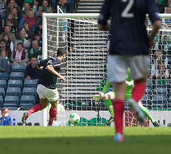 Falkirk's Lyle Taylor misses a chance at the end of the first half..Hibernian 4 v 3 Falkirk, William Hill Scottish Cup Semi Final, Hampden Park..©Michael Schofield..