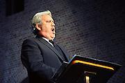 Nederland, Elst, 22-11-2008Operazanger Ernst Daniel Smid zingt met het Elster Mannenkoor.Foto: Flip Franssen/Hollandse Hoogte