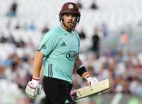 Cricket - 2017 Natwest T20 Blast - Quarter-Final: Surrey vs. Birmingham Bears<br /> <br /> Aaron Finch of Surrey,who pulled his calf muscle in the first over leaves the field after getting out at The Oval.<br /> <br /> COLORSPORT/ANDREW COWIE