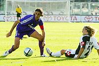 Firenze 17-10-2004<br /> <br /> Campionato  Serie A Tim 2004-2005<br /> <br /> Fiorentina siena<br /> <br /> nella  foto Luca Ariatti (L) Fiorentina and Davide Nicola (Udinese) R<br /> <br /> Foto Snapshot / Graffiti