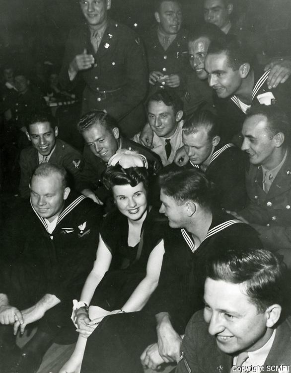 1943 Deanna Durbin at the Hollywood Canteen