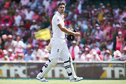 © Licensed to London News Pictures. 05/01/2014. Kevin Pietersen walks off after getting out during day 3 of the 5th Ashes Test Match between Australia Vs England at the SCG on 5 January, 2013 in Melbourne, Australia. Photo credit : Asanka Brendon Ratnayake/LNP