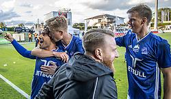 Målscorer Rezan Corlu (Lyngby Boldklub) jubler med Frederik Winther efter scoringen til 2-1 under kampen i 3F Superligaen mellem Lyngby Boldklub og Hobro IK den 20. juli 2020 på Lyngby Stadion (Foto: Claus Birch).