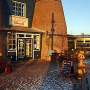 Rabobank Huizen, 25 jarig jubileum Jan van Milgen, Kalkovens in de zon