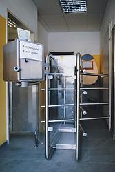 THEMENBILD - kostenlose Toiletten während der Corona Pandemie, aufgenommen am 17. April 2019 in Hallstatt, Österreich // free useable toilets during the Corona Pandemic in Hallstatt, Austria on 2020/04/17. EXPA Pictures © 2020, PhotoCredit: EXPA/ JFK