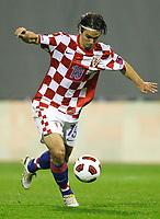Fotball<br /> 07.09.2010<br /> Foto: Gepa/Digitalsport<br /> NORWAY ONLY<br /> <br /> UEFA Europameisterschaft 2012, Qualifikation, Laenderspiel, Kroatia vs Hellas<br /> <br /> Bild zeigt Niko Kranjcar (CRO)