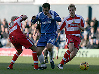 Photo: Dave Howarth.<br />Oldham Athletic v Doncaster Rovers. Coca Cola League 1.<br />13/11/2005. Oldham's Andy Liddle bursts past the Doncaster defence