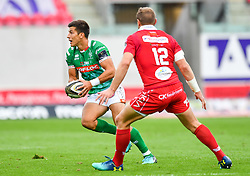 Tommaso Allan of Benetton Treviso in action during todays match<br /> <br /> Photographer Craig Thomas/Replay Images<br /> <br /> Guinness PRO14 Round 3 - Scarlets v Benetton Treviso - Saturday 15th September 2018 - Parc Y Scarlets - Llanelli<br /> <br /> World Copyright © Replay Images . All rights reserved. info@replayimages.co.uk - http://replayimages.co.uk