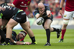 May 20, 2017 - Limerick, Irland - Brendon Leonard of Ospreys passes the ball during the Guinness PRO12 Semi-Final match between Munster Rugby and Ospreys at Thomond Park Stadium in Limerick, Ireland on May 20, 2017  (Credit Image: © Andrew Surma/NurPhoto via ZUMA Press)