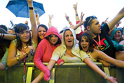 Fans in the rain in the main arena. Rockness, Saturday 13th June 2009..Pic © Michael Schofield. All Rights Reserved.