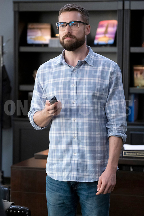 """RUTHERFORD FALLS -- """"Terry Thomas"""" Episode 104 -- Pictured: Dustin Milligan as Josh Carter -- (Photo by: Colleen Hayes/Peacock)"""