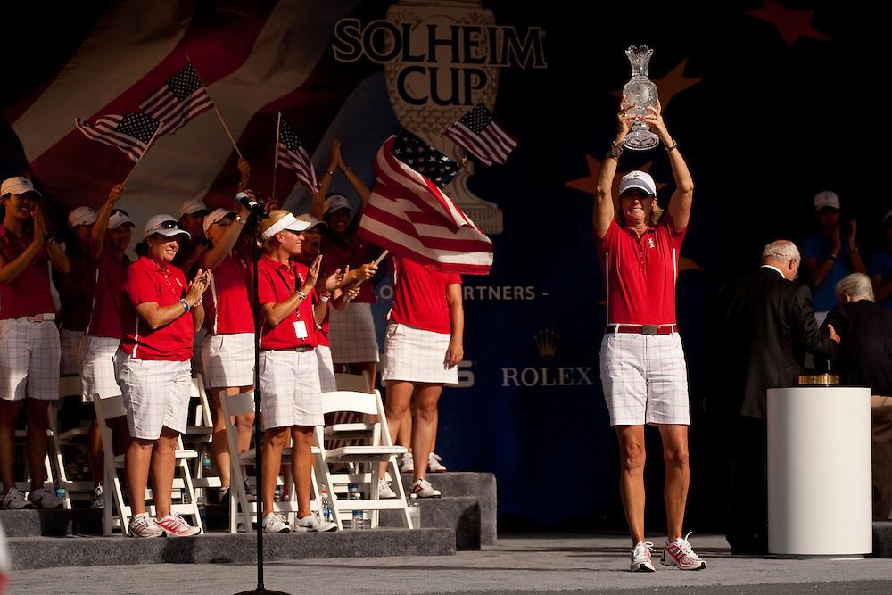 Beth Daniel. Closing ceremonies, 2009 Solheim Cup Matches. Rich Harvest Farms Golf Club, Sugar Grove, Illinois, Sunday, August 23 2009. Photograph © 2009 Darren Carroll