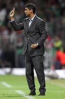 Fotball<br /> UEFA Champions League<br /> 14.09.2005<br /> Werder Bremen v Barcelona<br /> Foto: imago/Digitalsport<br /> NORWAY ONLY<br /> <br /> Trainer Frank Rijkaard (Barcelona)