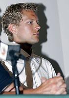 Friidrett<br /> 20.07.2010<br /> Foto: Morten Olsen, Digitalsport<br /> <br /> Pressekonferanse Norges Fri-idrettsforbund<br /> Ullevaal Stadion<br /> Anledning av at kappgjengeren Erik Tysse har avlagt en positiv dopingprøve<br /> <br /> Erik Tysse