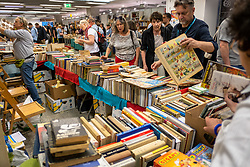 Nearly 800 exhibitors from 27 countries, 1000 authors and creators, 1500 events – this is what can be expected of the 10th Warsaw Book Fair, the largest international book event in Poland.<br />There are also numerous stands with used books and comics.