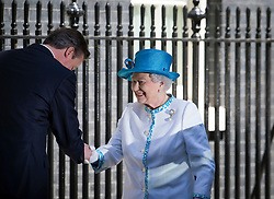 © London News Pictures. 24/07/2012. London, UK. HRH QUEEN ELIZABETH II  being greeted by British Prime Minister DAVID CAMERON outside 10 Downing street before a lunch with Prime Minister David Cameron on July 24, 2012. Photo credit: Ben Cawthra/LNP.