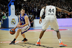 15.04.2015, Palacio de los Deportes stadium, Madrid, ESP, Euroleague Basketball, Real Madrid vs Anadolu Efes Istanbul, Playoffs, im Bild Real Madrid´s Marcus Slaughter and Anadolu Efes´s Thomas Heurtel // during the Turkish Airlines Euroleague Basketball 1st final match between Real Madrid vand Anadolu Efes Istanbul t the Palacio de los Deportes stadium in Madrid, Spain on 2015/04/15. EXPA Pictures © 2015, PhotoCredit: EXPA/ Alterphotos/ Luis Fernandez<br /> <br /> *****ATTENTION - OUT of ESP, SUI*****