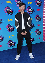 13 August  2017 - Los Angeles, California - Louis Tomlinson. Teen Choice Awards 2017 held at the Galen Center in Los Angeles. Photo Credit: Birdie Thompson/AdMedia *** Please Use Credit from Credit Field ***