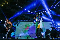 Anitta sobe no palco com o rapper Jeremih ft. Ludmila no Palco Planeta durante a 22ª edição do Planeta Atlântida. O maior festival de música do Sul do Brasil ocorre nos dias 3 e 4 de fevereiro, na SABA, na praia de Atlântida, no Litoral Norte gaúcho.  Foto: Emmanuel Denaui / Agência Preview