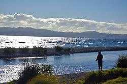 Lago Taupo, o maior da Nova Zelândia, tambem é local perfeito para a pesca da truta. FOTO: Lucas Uebel/Preview.com