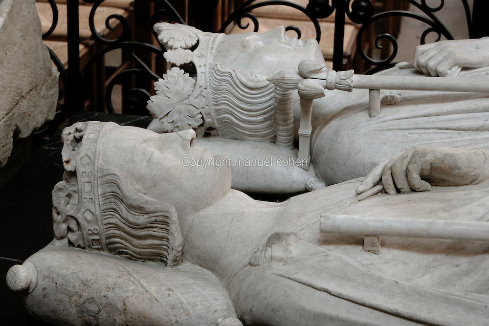Gisants of Philip III the Bold (1245 - 1285) and Philip IV the Fair (1268 - 1314), marble, 1327 - 1329, Abbey church of Saint Denis, Seine Saint Denis, France. Picture by Manuel Cohen