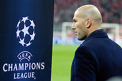 17-04-2012 VOETBAL: UEFA CL FC BAYERN MUNCHEN - REAL MADRID CF: MUNCHEN<br /> Zinedine Zidane <br /> ***NETHERLANDS ONLY***<br /> ©2012-FotoHoogendoorn.nl-NPH/Straubmeier