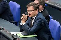 08 NOV 2018, BERLIN/GERMANY:<br /> Carsten Schneider, MdB, SPD, 1. Parl. Geschaeftsfuehrer, Bundestagsdebatte zum sog. Global Compact fuer Migration, Plenum, Deutscher Bundestag<br /> IMAGE: 20181108-01-038<br /> KEYWORDS: Sitzung