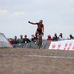 22-08-2020: Wielrennen: NK vrouwen: Drijber<br /> Anna van der Breggen (Netherlands / Boels - Dolmans Cycling Team) pakt de titel22-08-2020: Wielrennen: NK vrouwen: Drijber