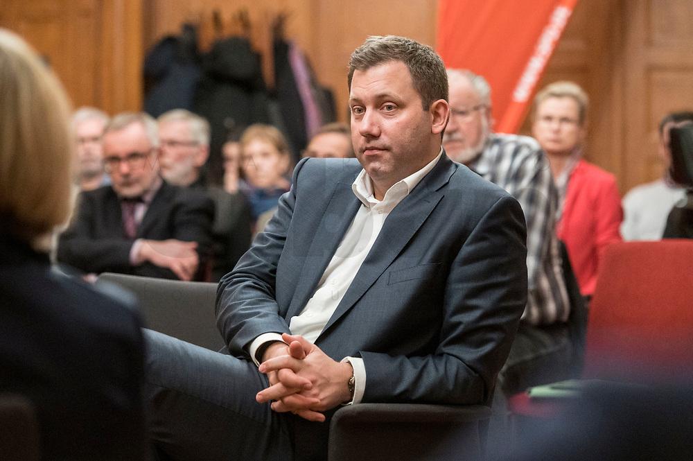 """27 FEB 2019,  BIRKENWERDER/GERMANY:<br />  Lars Klingbeil, MdB, SPD Generalsekretaer, waehrend einer Diskussionsveranstaltung zum Thema """"Grundrente und Bürgergeld: neue Antworten der SPD"""" der SPD Hohen Neuendorf und der SPD Birkenwerder, Rathaus Birkenwerder<br /> IMAGE: 20190227-02-089"""