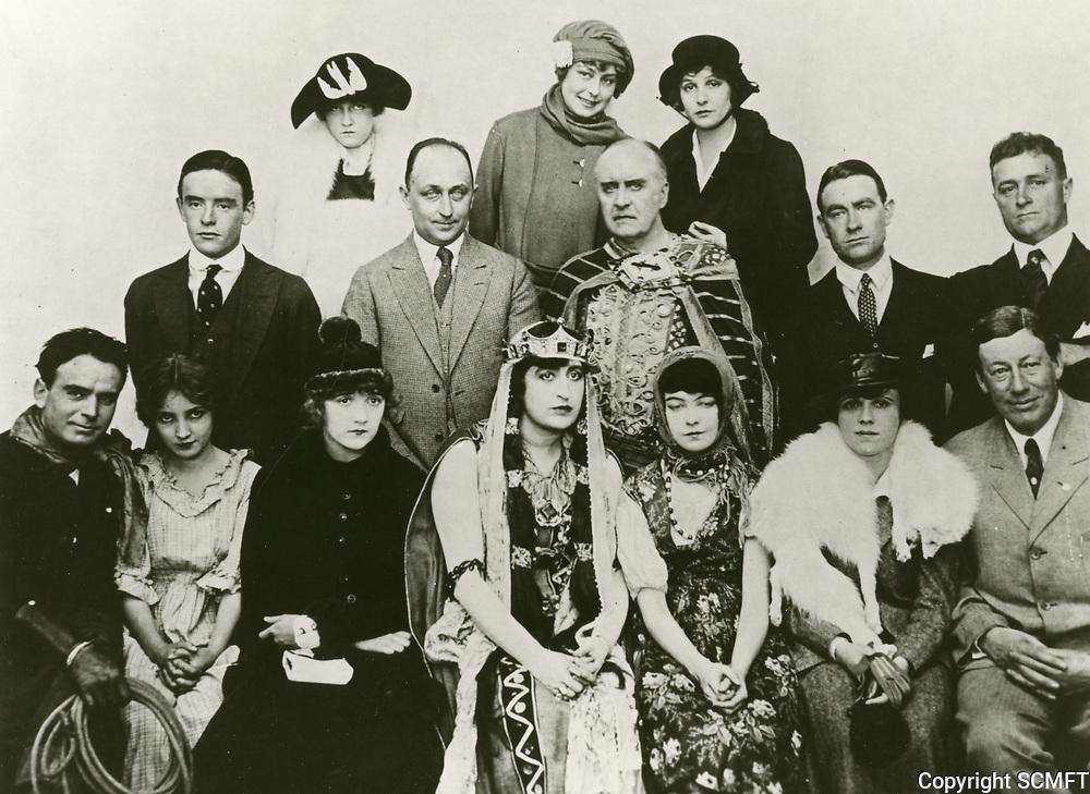 1916 Fine Arts Studios