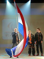 02-01-2014 ALGEMEEN: NOC NSF TEAMOVERDRACHT SOTSJI: ARNHEM<br /> Op Papendal werd vandaag (donderdag) het Olympisch- en Paralympisch team overgedragen aan de Chef de Mission / Andre Cats<br /> ©2014-FotoHoogendoorn.nl