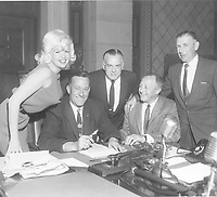 1960 Jayne Mansfield at the contract signing ceremony for her star on the Hollywood Walk of Fame