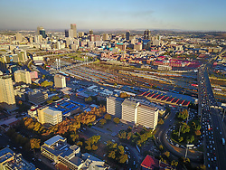 JOHANNESBURG, April 21, 2017  Photo taken on April 20, 2017 shows an aerial view of Johannesburg Town, South Africa. The City of Johannesburg Local Municipality, situated in the northeastern part of South Africa with a population of around 4 million,is the largest city and economic center of South Africa. gl) (Credit Image: © Xinhua via ZUMA Wire)