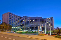Architecture photo of the Washington Hilton in DC by Jeffrey Sauers of Commercial Photographics