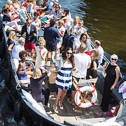 NLD/Amsterdam/20140613 - Leco van Zadelhoff organiseert samen met Beau Monde Beau Bateau een vaartocht met vriendinnen