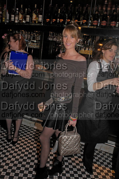 Lady Emily Compton. Conservative fund raising dinner hosted  by Marco Pierre White and Franki Dettori at  Frankie's. Knightsbridge. 17 January 2004. ONE TIME USE ONLY - DO NOT ARCHIVE  © Copyright Photograph by Dafydd Jones 66 Stockwell Park Rd. London SW9 0DA Tel 020 7733 0108 www.dafjones.com